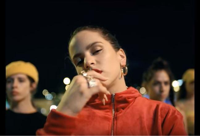 Rosalía estrena 'Malamente'